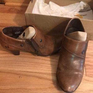 Born boot